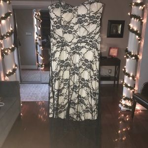 Strapless Laced dress